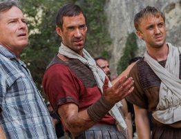 Kevin Reynolds, Joseph Fiennes, Tom Felton sur le tournage de la Résurrection du Christ